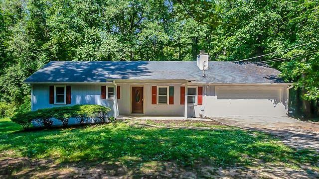 Photo 1 of 29 - 1075 Cotton Rd, Canton, GA 30115