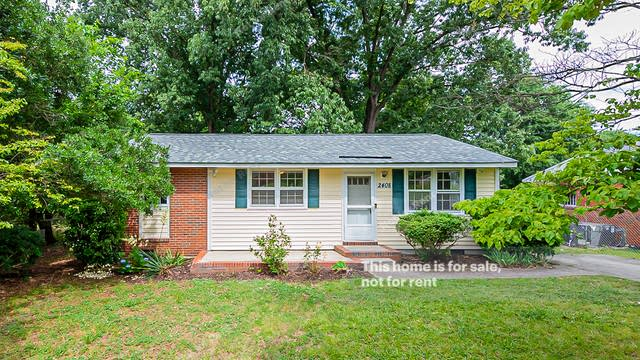 Photo 1 of 16 - 2408 Fitzgerald Dr, Raleigh, NC 27610