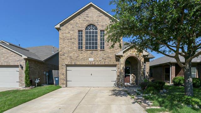 Photo 1 of 29 - 5149 Britton Ridge Ln, Fort Worth, TX 76179