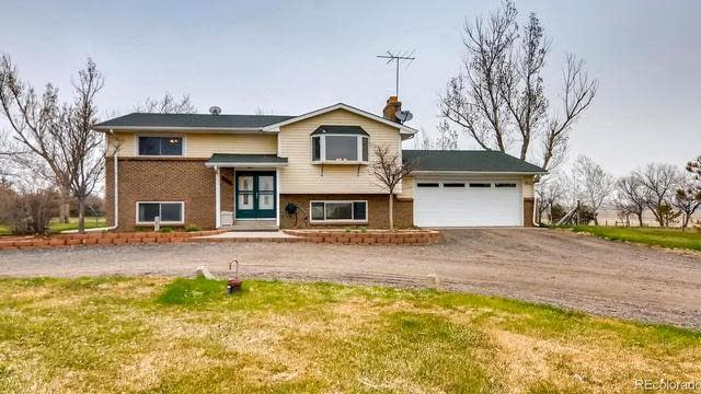 Photo 1 of 27 - 20011 E 108th Ave, Commerce City, CO 80022