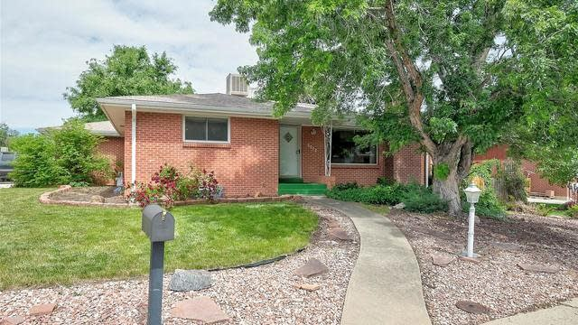 Photo 1 of 36 - 6072 Uno St, Arvada, CO 80003