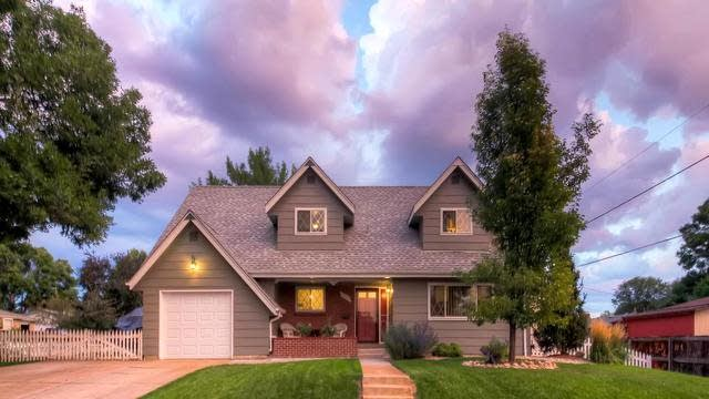 Photo 1 of 29 - 12121 W 60th Ave, Arvada, CO 80004