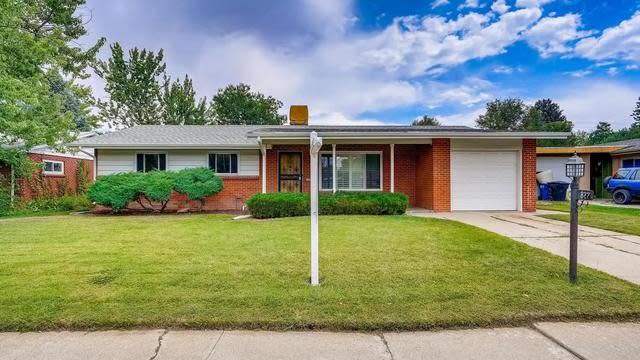 Photo 1 of 30 - 822 S Holly St, Denver, CO 80246