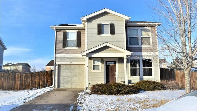 Photo 1 of 19 - 804 Willow Dr, Lochbuie, CO 80603