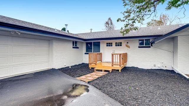 Photo 1 of 30 - 1540 S Pierce St, Lakewood, CO 80232