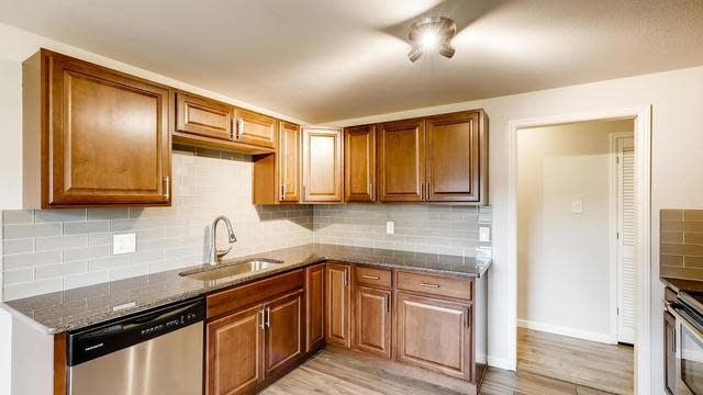 Photo 1 of 29 - 2201 S Holly St #1, Denver, CO 80222