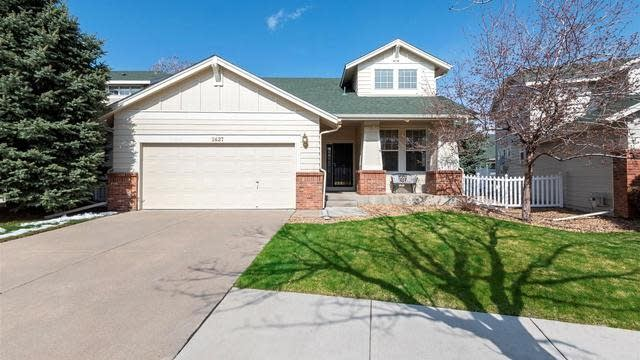 Photo 1 of 38 - 2627 S Troy Ct, Aurora, CO 80014