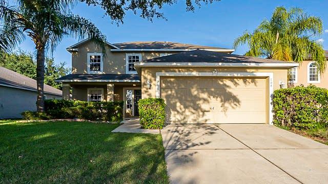 Photo 1 of 29 - 104 Cabrillo Dr, Groveland, FL 34736