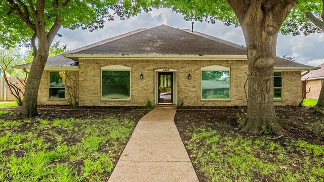 Photo 1 of 25 - 3325 Treehouse Ln, Plano, TX 75023
