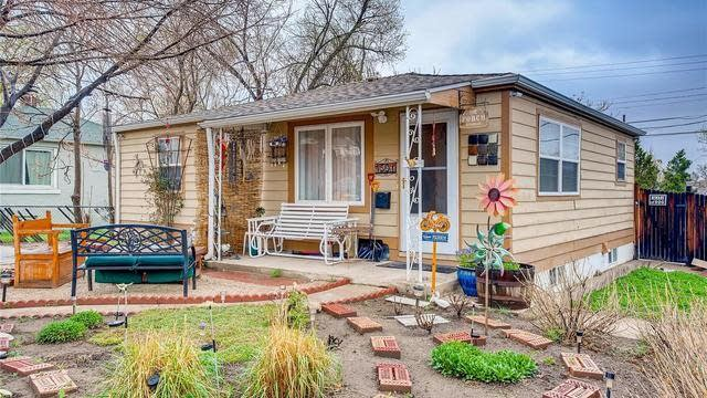 Photo 1 of 31 - 4501 W Exposition Ave, Denver, CO 80219