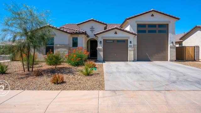 Photo 1 of 30 - 8026 W Wood Ln, Phoenix, AZ 85043