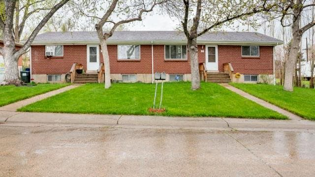 Photo 1 of 28 - 165 S Kendall St, Lakewood, CO 80226
