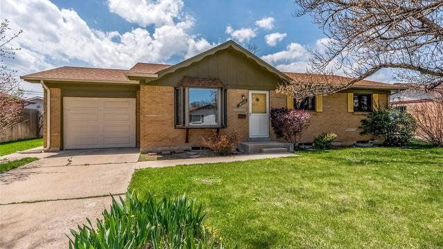 Photo 1 of 30 - 6117 Moore St, Arvada, CO 80004
