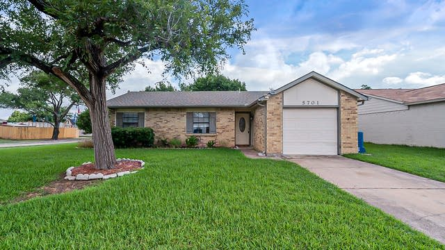 Photo 1 of 17 - 5701 Pearce St, The Colony, TX 75056