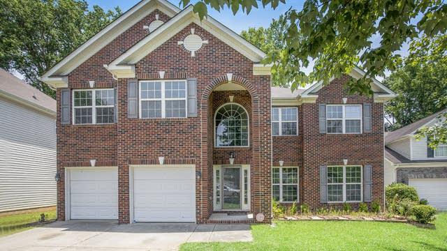Photo 1 of 19 - 8228 Four Sisters Ln, Charlotte, NC 28215