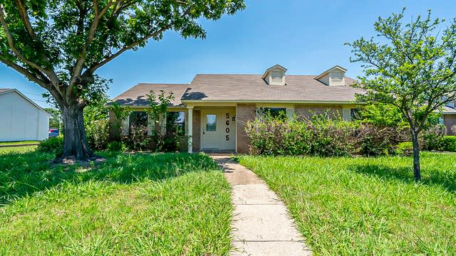Photo 1 of 18 - 5605 Baker Dr, The Colony, TX 75056