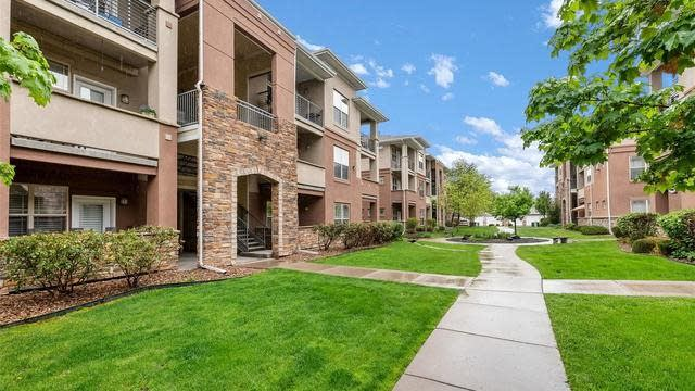 Photo 1 of 22 - 8083 W 51st Pl #102, Arvada, CO 80002
