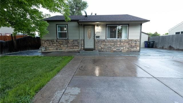 Photo 1 of 14 - 2316 S Linley Ct, Denver, CO 80219