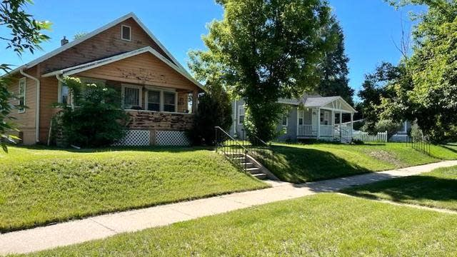 Photo 1 of 2 - 1758 S Downing St, Denver, CO 80210