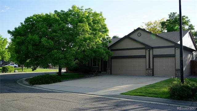Photo 1 of 27 - 5251 Youngfield Way, Arvada, CO 80002