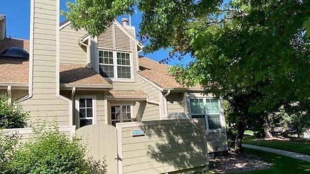 Photo 1 of 22 - 7370 E Florida Ave #1011, Denver, CO 80231