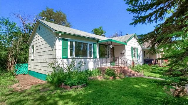 Photo 1 of 31 - 125 N 5th Ave, Brighton, CO 80601