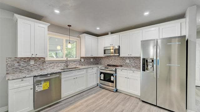 Photo 1 of 27 - 6842 W 69th Ave, Arvada, CO 80003