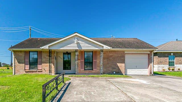 Photo 1 of 21 - 12822 Chiswick Rd, Houston, TX 77047